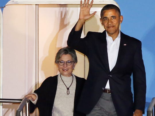 President Barack Obama and Senator Barbara Boxer arrive at Palm Springs International Airport, February 14, 2014. The President is to meet with Jordan's King Abdullah II at the Sunnylands Estate this weekend.