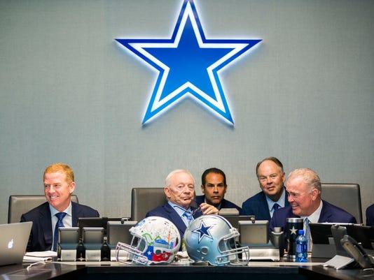 Draft_Cowboys_Football_45603.jpg