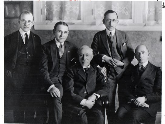 Himelhoch of Detroit was founded by brothers Zella, Herman, Wolf, Israel and Moses Himelhoch.