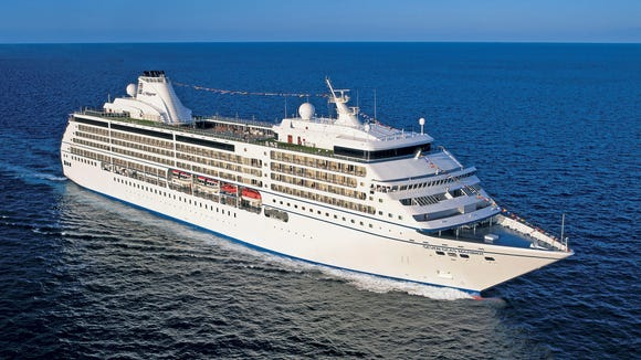 Luxury line Regent's 700-passenger Seven Seas Mariner,