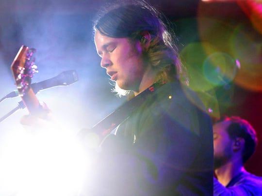 Bluegrass whiz Billy Strings performs in Pontiac.