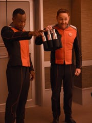 "L-R:  J Lee and Scott Grimes in the ""About a Girl"" episode of THE ORVILLE airing Thursday, Sept. 21 (9:00-10:00 PM ET/PT) on FOX.  ©2017 Fox Broadcasting Co."