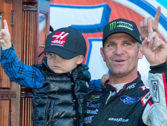 636576884383399141-bowyer-and-son.jpg