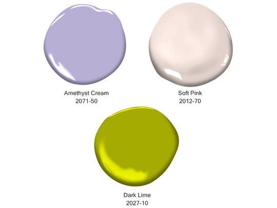 Benjamin Moore paint colors were used in the Ridgewood