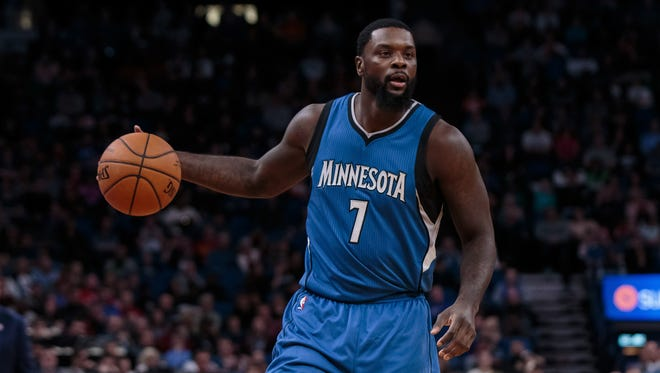 Minnesota Timberwolves guard Lance Stephenson (7) dribbles in the second quarter against the Chicago Bulls at Target Center.