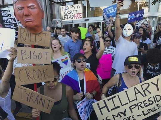Trump Protests Los An_Redm