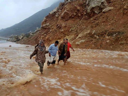 APTOPIX Oman Cyclone