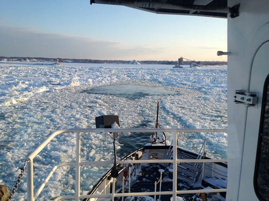 Frozen Great Lakes (2)