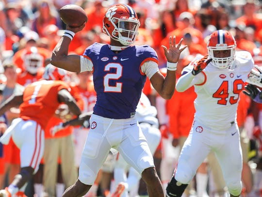 Kelly Bryant attempts a pass during Clemson's spring