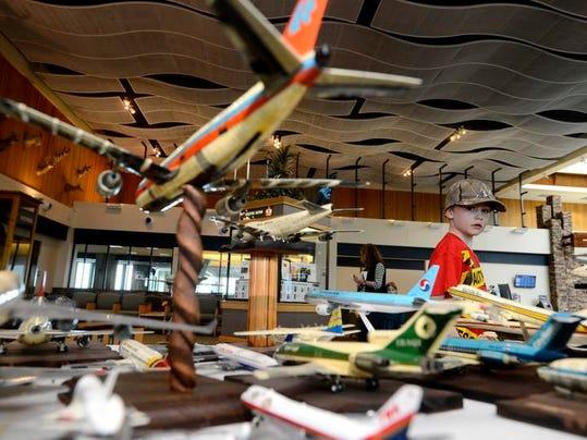 -04182014_Airplane Collection-B.jpg