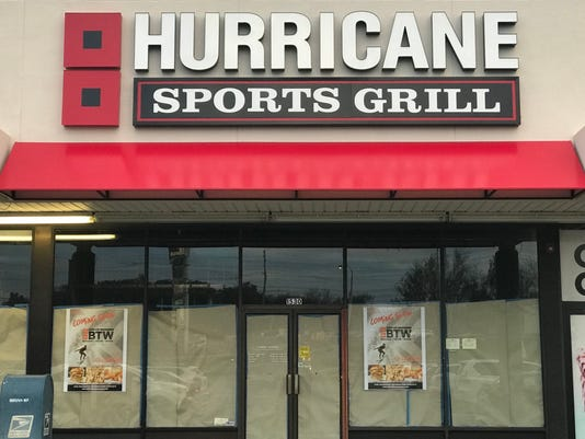 hurricane-sports-grill-woodland-park-route-46.jpg
