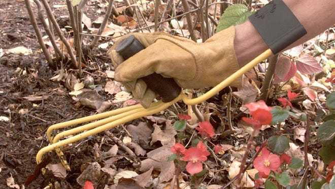 Ergonomic tools for gardening are not just for the aging gardener but for those who spend time at a keyboard.