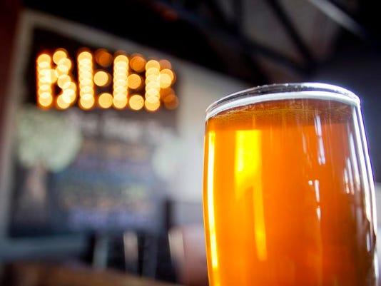 Hoppy Beer 06.jpg