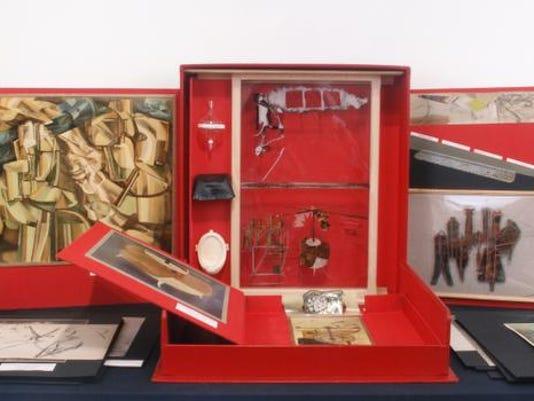 -DAF023 Marcel Duchamp, Valise (in back room).jpg_20131231.jpg