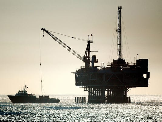 Mississippi offshore worker alleges bias in federal lawsuit
