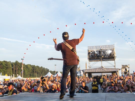 Lee Brice performs at the Delaware Junction Festival in Harrington in 2015. He will headline the Bottle & Cork in Dewey Beach on Sept. 22. The show is on pace to sell out.