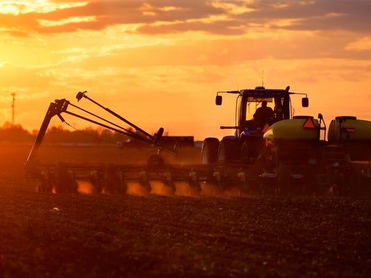 AP USDA CROP ESTIMATES A F AGR USA IL