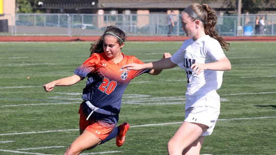 Greeley's Amanda Glasser and Clarkstown North's Kelly