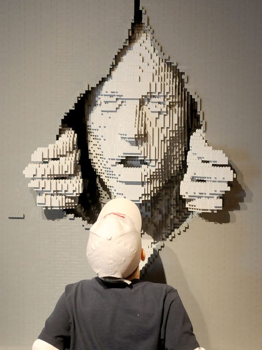 635918290592368810-Art-of-brick.jpg