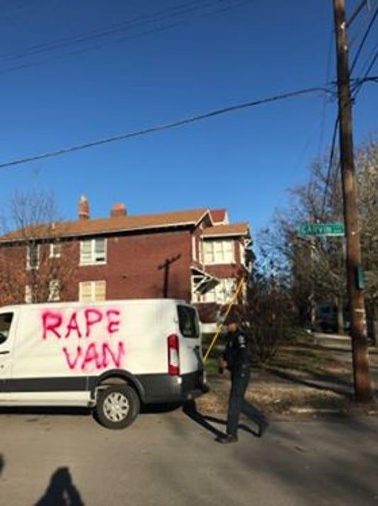 636558654579114463-vandalism1.jpg