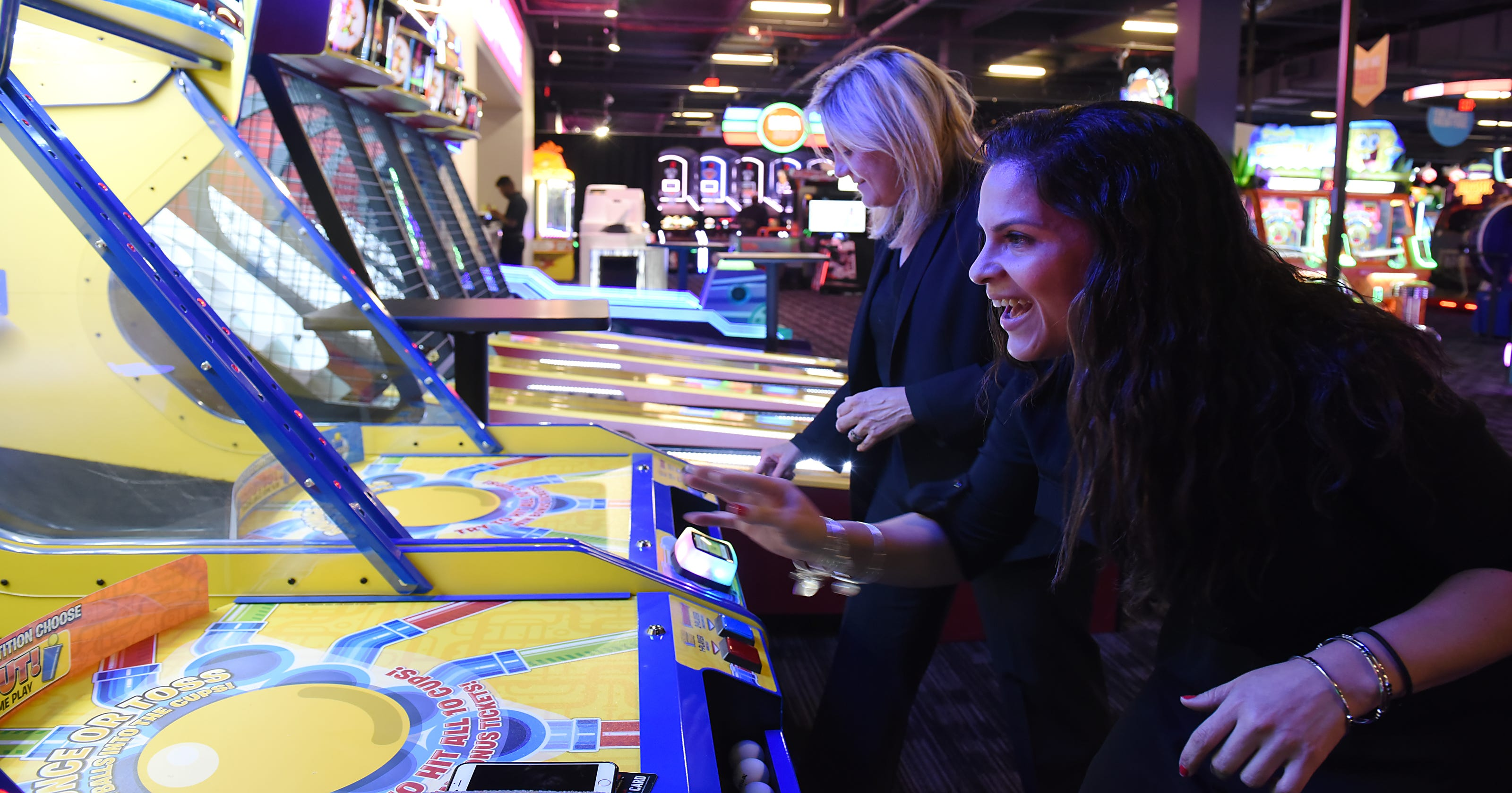 Dave & Buster's opening at Willowbrook in Wayne, first in North Jersey