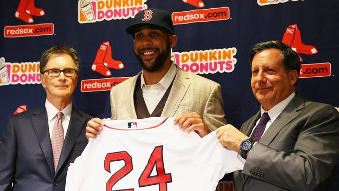 BOSTON, MA - DECEMBER 04: David Price is introduced by Red Sox owner John Henry, left, and Chairman Tom Werner during his introductory press conference at Fenway Park on December 4, 2015 in Boston, Massachusetts.  (Photo by Maddie Meyer/Getty Images) ORG XMIT: 595023723 ORIG FILE ID: 499968822