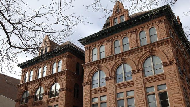 LESLIE RENKEN/ JOURNAL STAR FILE PHOTO Peoria City Hall