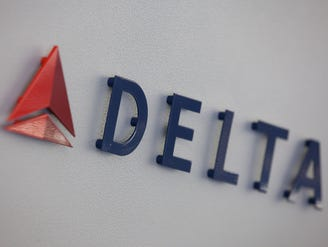 Delta: 'Technical issue' briefly grounds flights nationwide
