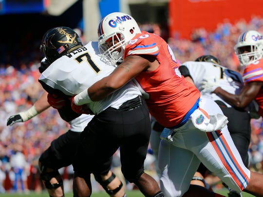 Vanderbilt running back Ralph Webb (7) rushed for 118 yards, but the offense amassed only 175 yards versus Florida Saturday.