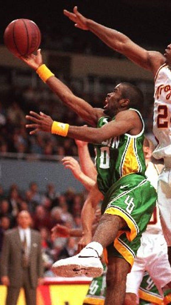 Oregon guard Kenya Wilkins helped the Ducks reach the NCAA tournament in 1995.