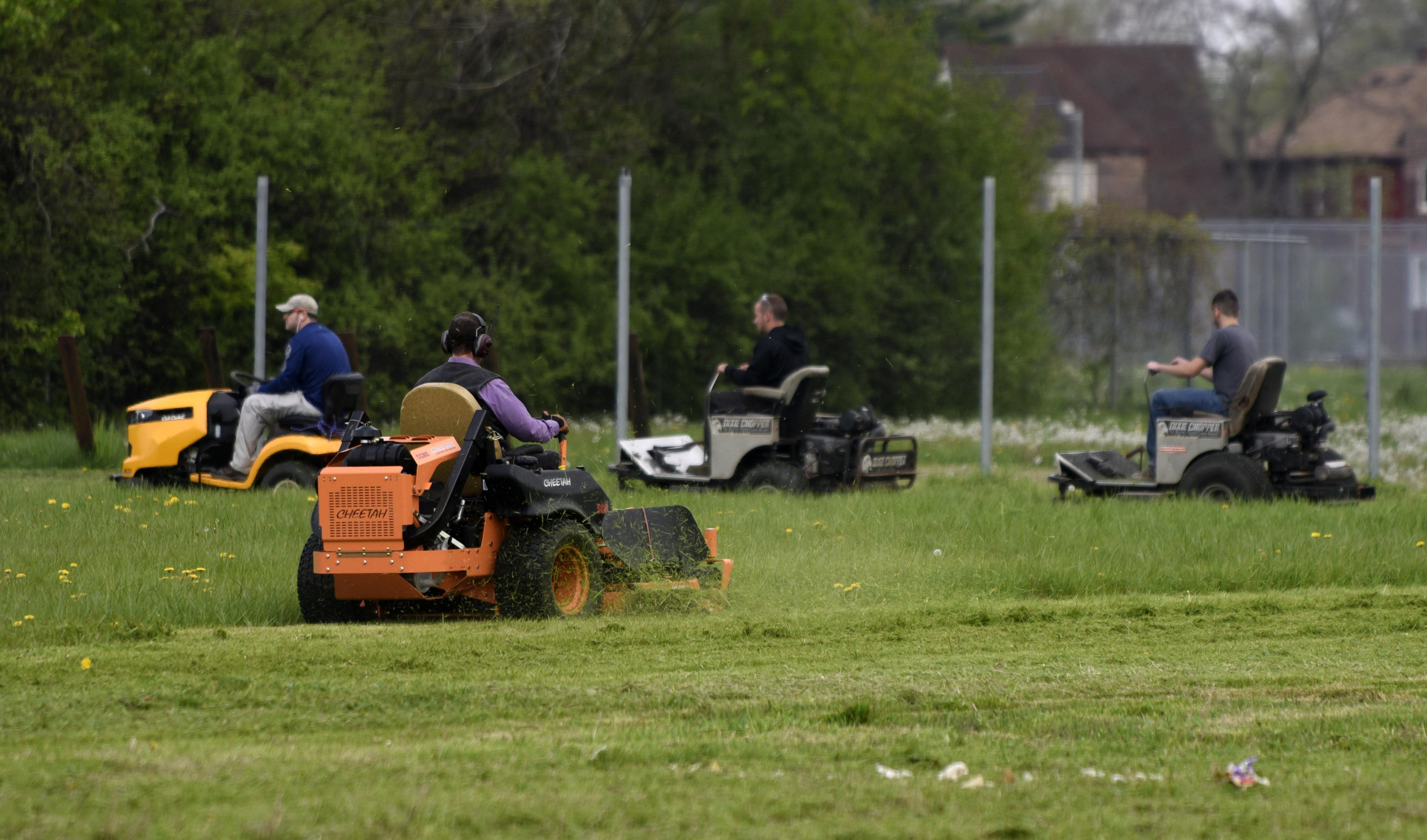 The Best Time to Mow your Lawn