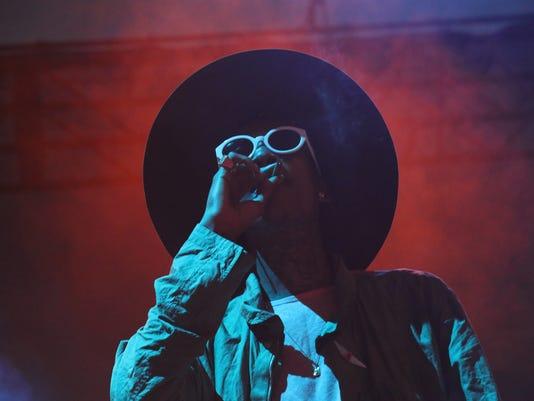 Wiz Khalifa-03