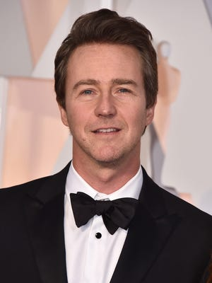 Edward Norton arrives at the Oscars on Sunday, Feb. 22, 2015, at the Dolby Theatre in Los Angeles. (Photo by Jordan Strauss/Invision/AP)
