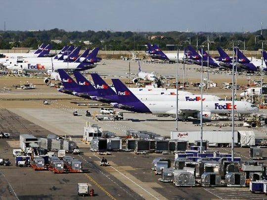 25 years ago, FedEx crew battled a hijacker on Flight 705