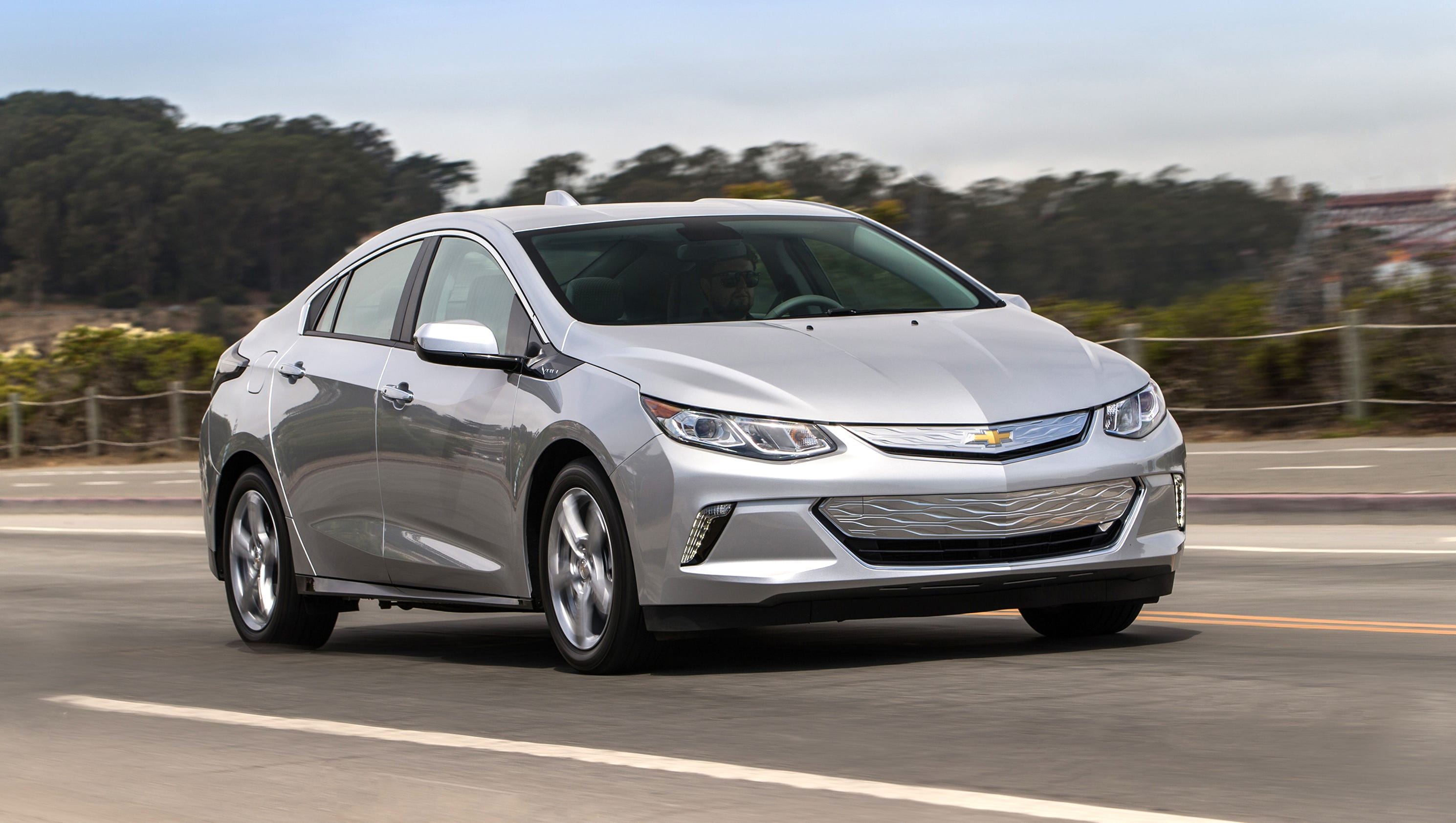 side hatchback lt news the coming magazine velite chevrolet buick china view automobile volt as