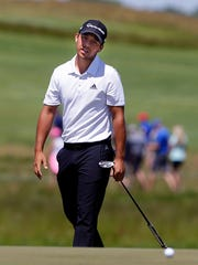 Xander Schauffele stands at 5-under after the second round at Erin Hills, in the mix going into the weekend at the U.S. Open.