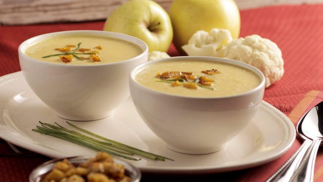 Curried cream of cauliflower and apple soup. (Hillary Levin/St. Louis Post-Dispatch/TNS)