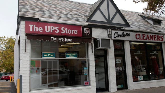 Daren Moshe, 22, (Not pictured) picked up what he thought was 507 grams of an illegal chemical compound known as Alpha PVP hidden in a shipment of rabbit-shaped lamps on Friday, court records reveal, from this UPS storefront on Mamaroneck Avenue in White Plains. Homeland Security agents had secretly replaced the Alpha PVP with ÒshamÓ drugs after the hidden stash was discovered during a routine customs inspection at JFK Airport.