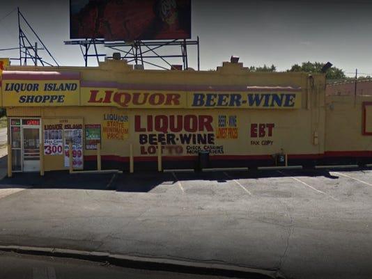 636559233752052716-liquorstore.jpg