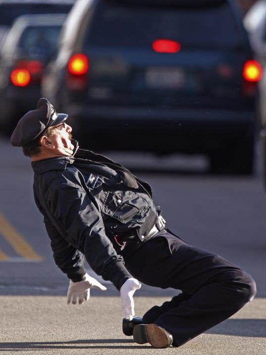 Dancing Cop (2)