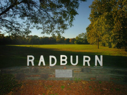 A sign at the entrance to the Radburn section of Fair
