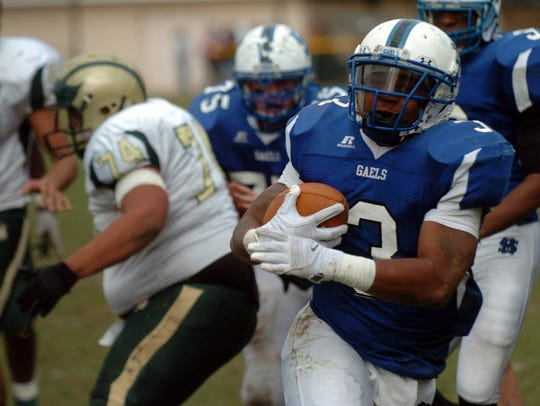 St. Mary's Quadree Hubbard scampers into the end zone