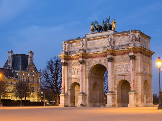 Paris (France). Arc de Triomphe du Carrousel in the