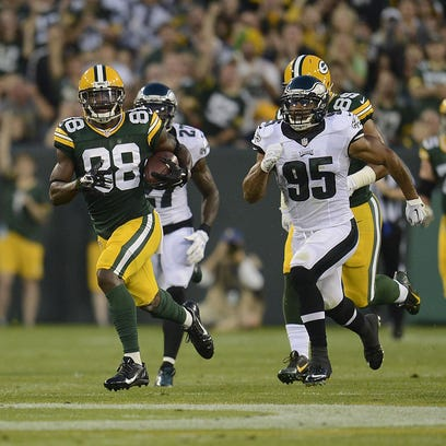 Green Bay Packers receiver Ty Montgomery (88) runs