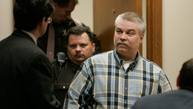 Steven Avery enters a courtroom in the Calumet County Courthouse on March 19, 2007, in Chilton.