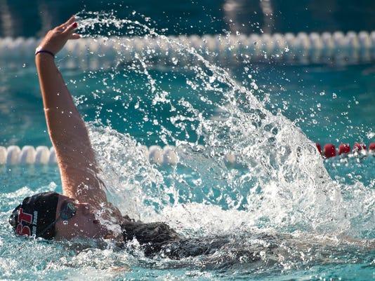 BUR20150702swim3