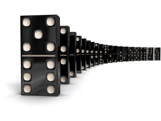 dominoes-02[1].jpg