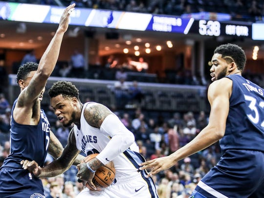 December 04, 2017 - The Grizzlies' Ben McLemore cuts through Minnesota defense during Monday night's game at the FedExForum.