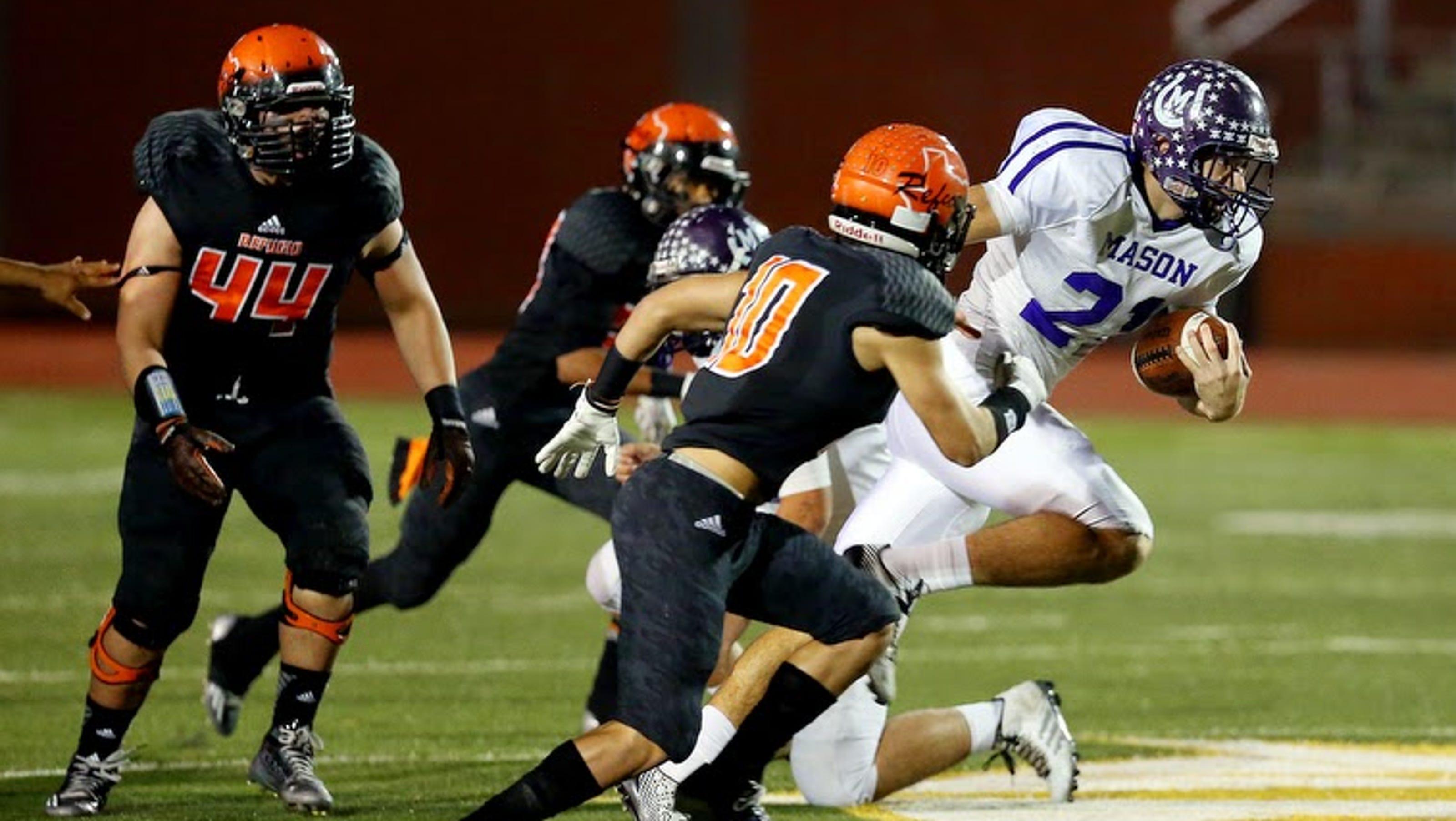 Mason Refugio Football Teams Weren T Rivals After Hurricane Harvey