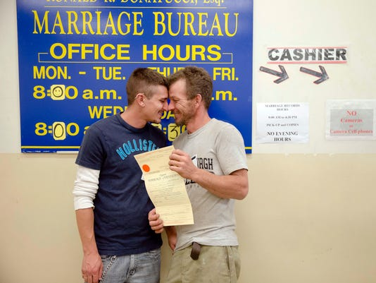 APTOPIX Gay Marriage _Curt